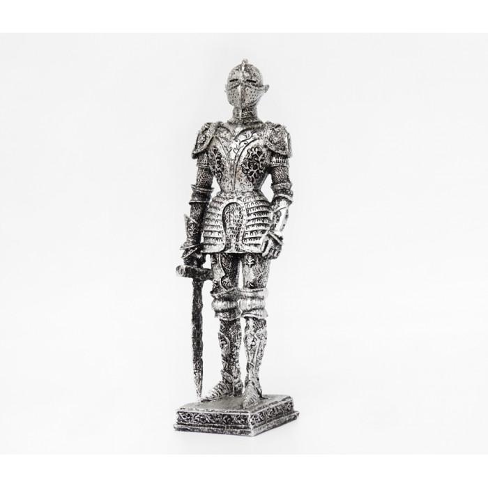 "Figurine ""Knight"" polystone №17"